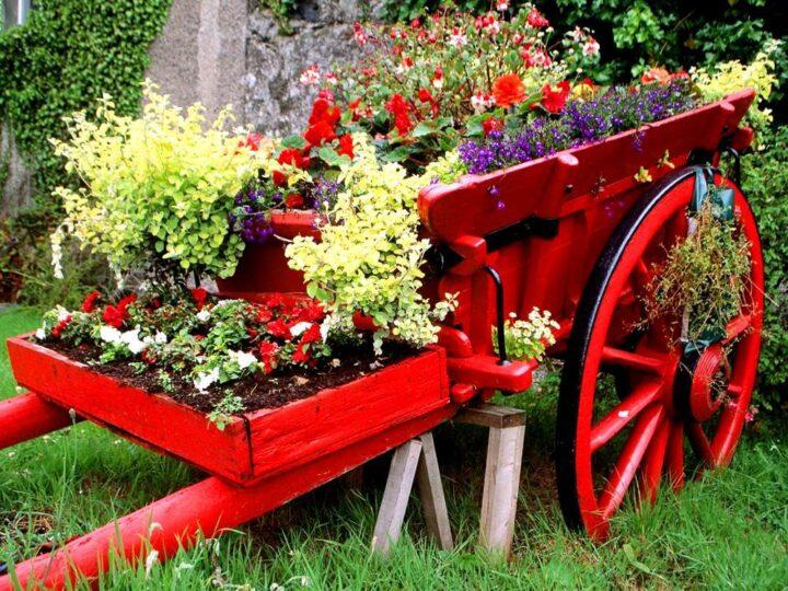 Украшения в саду своими руками