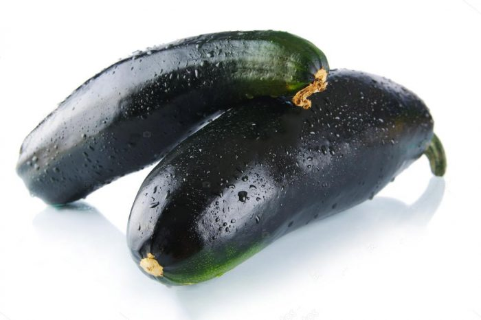 Плоды сорта кабачка Черный красавец